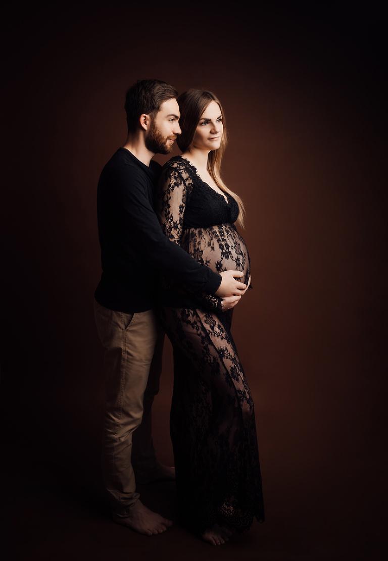Babybauch Fotoshooting Kassel mit Mann Partner