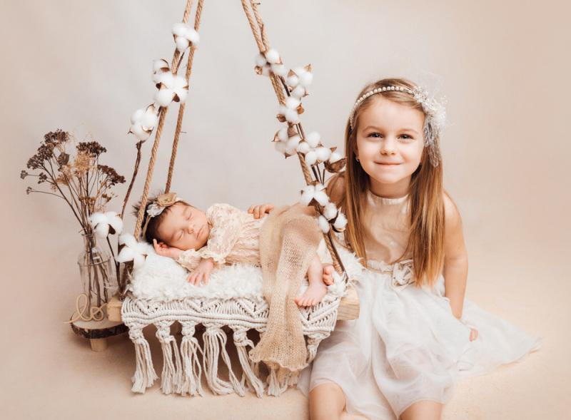 Baby-Fotoshooting-Geschwister-Kassel